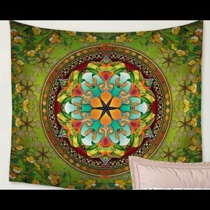 241 SALE 2/25 - Green Tapestry